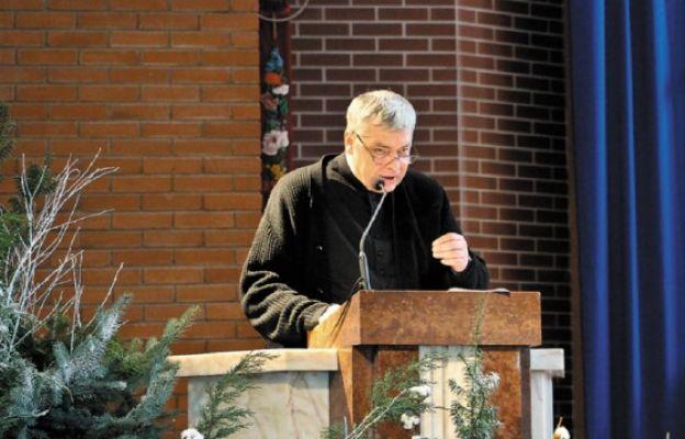 Ks. Piotr Pawlukiewicz odwiedził młodzież