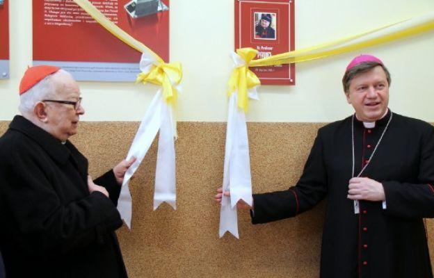 Odsłonięcie galerii doktrów honoris causa PWT