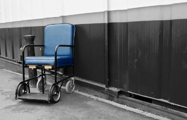Rycerze Kolumba z Kanady przekazali wózki dla niepełnosprawnych