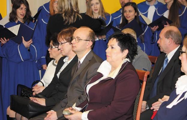 Na pierwszym planie prof. Elżbieta Stanisławska, dyrektor Centrum Onkologii Ziemi Lubelskiej