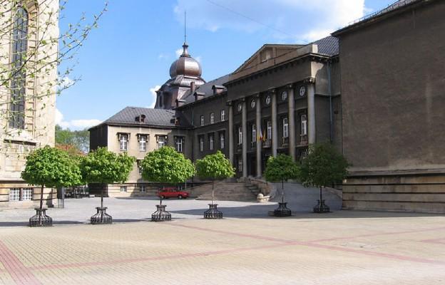 Kuria metropolitalna w Katowicach