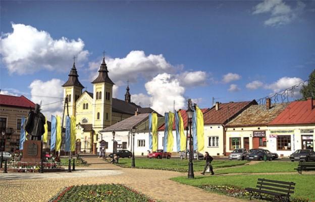 Głogów Małopolski – sanktuarium dwóch obrazów