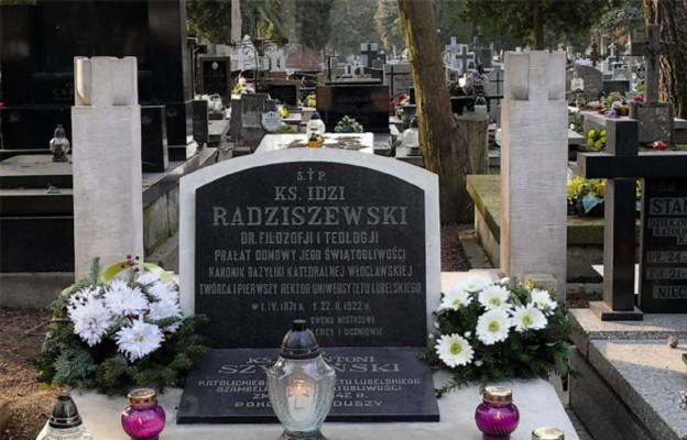 Grób śp. ks. Idziego Radziszewskiego znajduje się na lubelskim cmentarzu przy ul. Lipowej