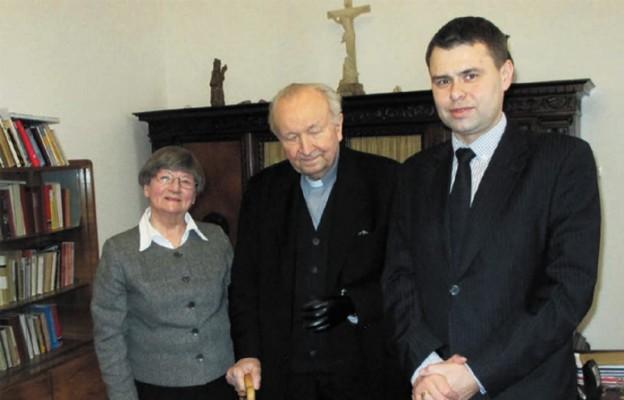 Dwa krzyże uratowane ze Lwowa