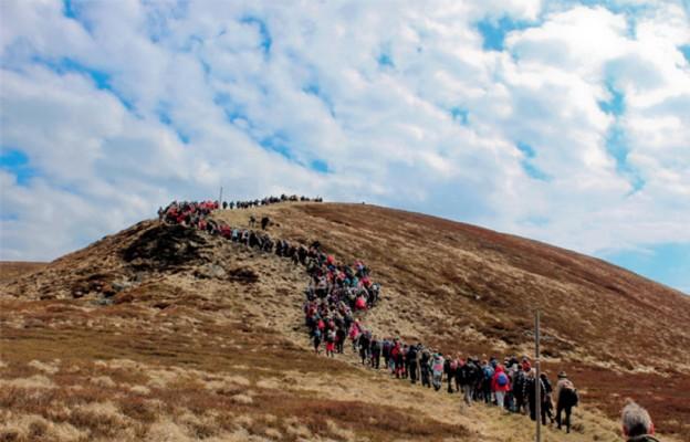 Wielkopiątkowa Droga Krzyżowa w górach