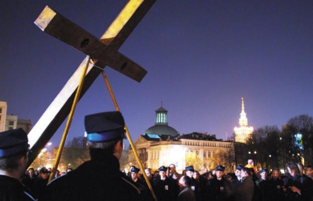 Drogi krzyżowe ulicami Warszawy
