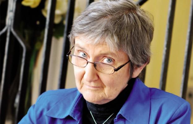 Dr Barbara Fedyszak-Radziejowska Socjolog i etnograf. Pracuje w Instytucie Rozwoju Wsi i Rolnictwa PAN oraz na Wydziale Administracji i Nauk Społecznych Politechniki Warszawskiej