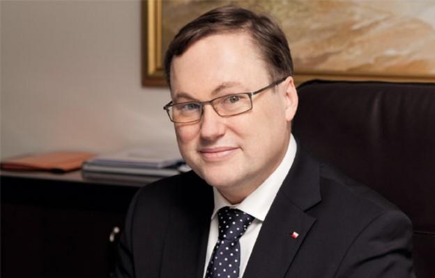 Senator Grzegorz Bierecki wygrywa w sądzie