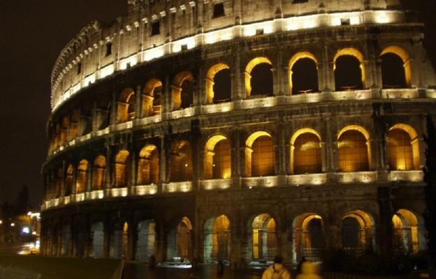 Rozważania tegorocznej Drogi Krzyżowej w Koloseum