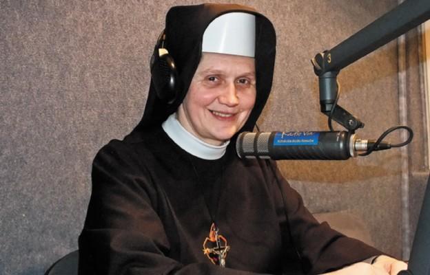 Apostołowanie przez radio i słowo