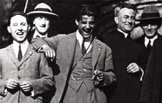 Towarzystwo Ciemnych Typów. Pier Giorgio Frassati z przyjaciółmi