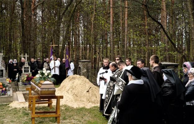 Wiara, miłość, pokora życia kapłana i zakonnika