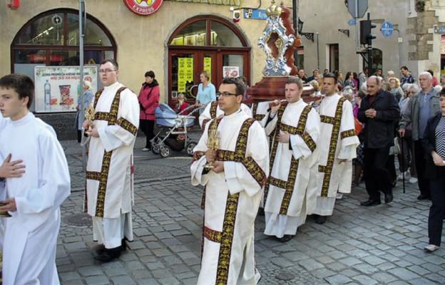 Katedra otrzymała relikwie patrona