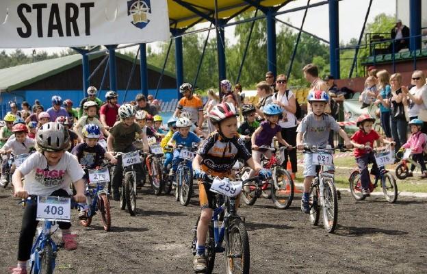 Ojcowie na start – rodzinny wyścig rowerowy