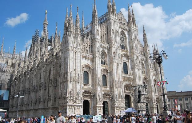 Mediolan: Dante w katedrze, 100 pieśni przez 100 dni
