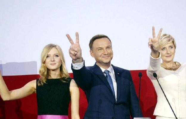 Dokładnie rok temu wyborcy zdecydowali: Prezydentem Polski został Andrzej Duda
