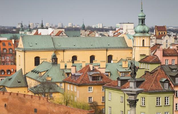 Kościół św. Marcina w Warszawie widziany z wieży kościoła św. Anny