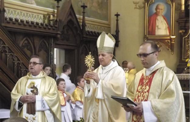 Św. Jan PawełII zamieszkał wśród nas