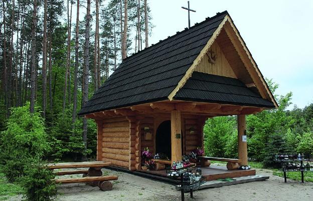 Nowa kapliczka św. Antoniego z Padwy w Kopaniach