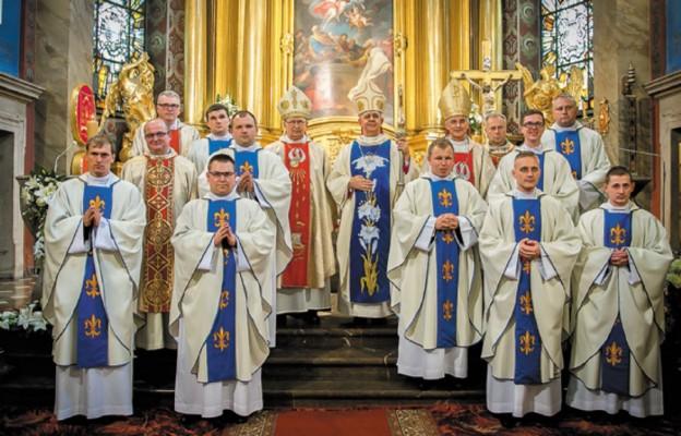 Nowi kapłani w Kościele kieleckim