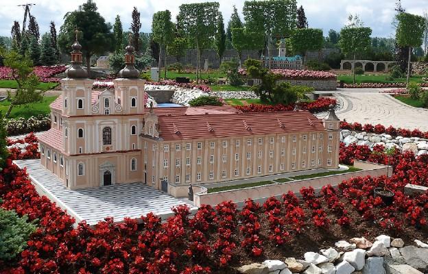 Świątynie w miniaturze