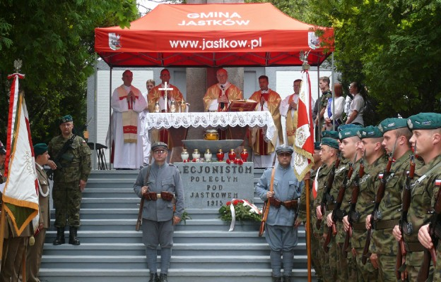 Z ofiary krwi wyrosła wolna Polska