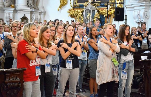 Młodzi uczyli się, jak zdobywać niebo