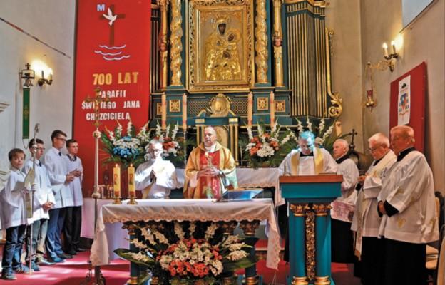 Siedem wieków parafii w Porębie Górnej