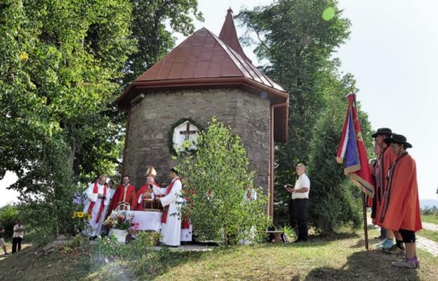 Ekumeniczna Msza św. przy kaplicy w Piwniczanach