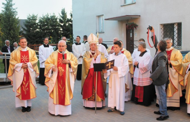 Poświęcenie świetlicy środowiskowej im. św. Jana Pawła II