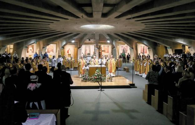 Relikwie św. Zygmunta Szczęsnego Felińskiego zostały wprowadzone do Panteonu Wielkich Polaków