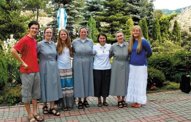 Szarytki w służbie miłosierdzia