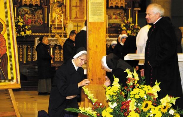Przykładem św. Faustyna
