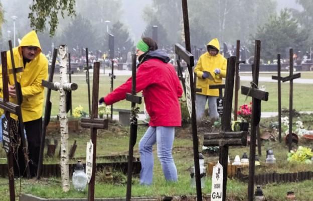 Pamięć grobów