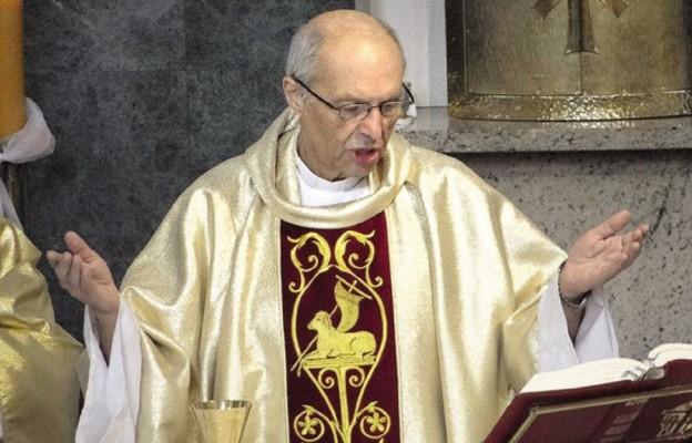 Niezwykły kapłan