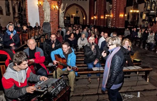 Wieczór uwielbienia w Chełmży