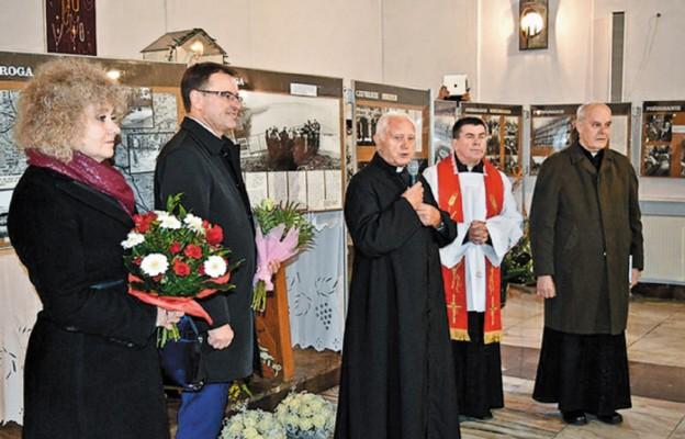Wystawa fotograficzna obł. ks. Jerzym Popiełuszce
