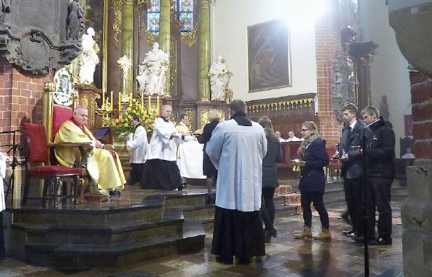 Modlitwie dziękczynnej w legnickiej katedrze przewodniczył bp Zbigniew Kiernikowski