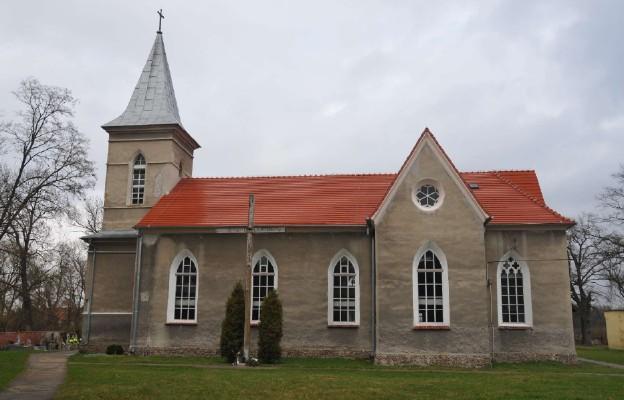 Kościół parafialny w Kawicach