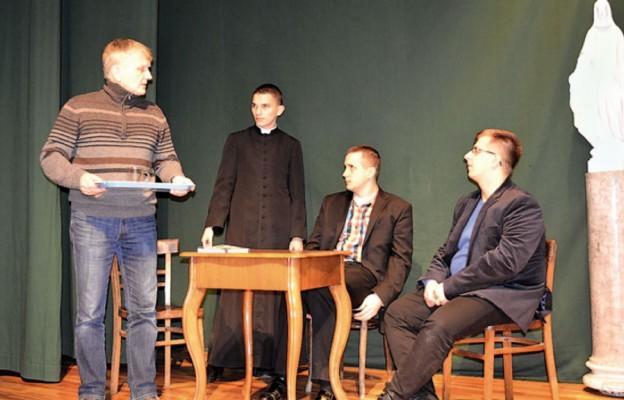 Maksymilian na scenie