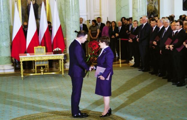 Polska lawa i globalna szachownica