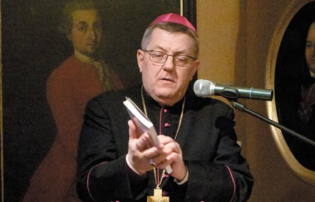 Bp Mariusz Leszczyński
