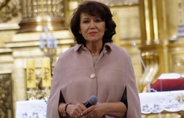Czy Halina Frąckowiak chciałaby zostać piosenkarką?