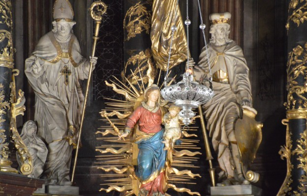 Święta Boża Rodzicielka ze świdnickiej katedry