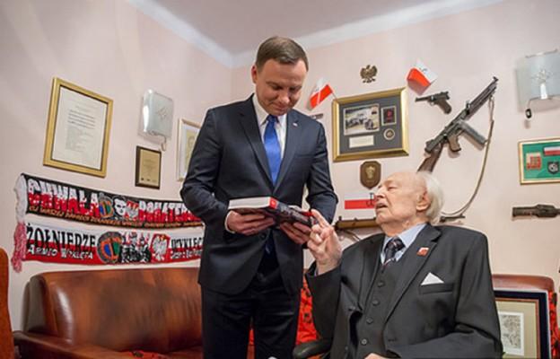 Prezydent Andrzej Duda i Henryk Kończykowski ps. Halicz