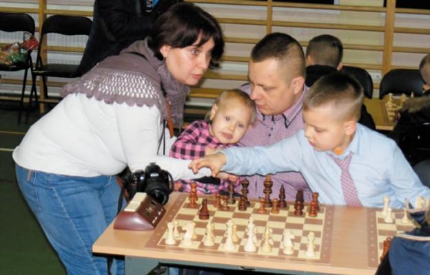 Co roku w święto Świetej Rodziny rodziny szachowe zbierają się, by rozegrać turniej