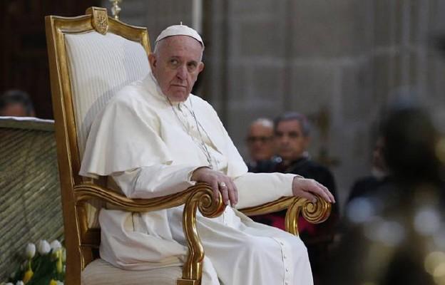 Papież ponownie krytykuje ideologię gender: prowadzi do tyranii