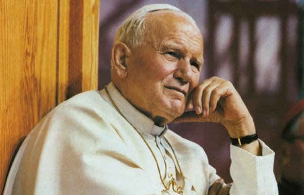 W Denver Papież płakał, bo kochał