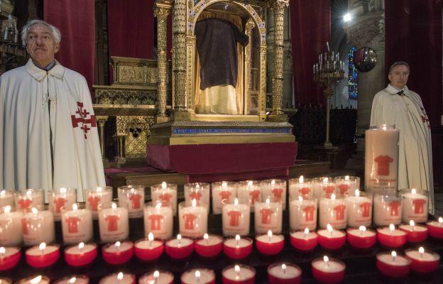Francja: nadzwyczajne wystawienie tuniki Jezusa