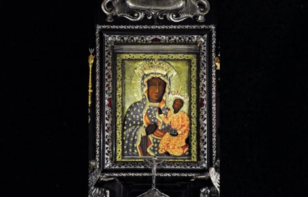 Korona Rzeczypospolitej na świętych skroniach Maryi